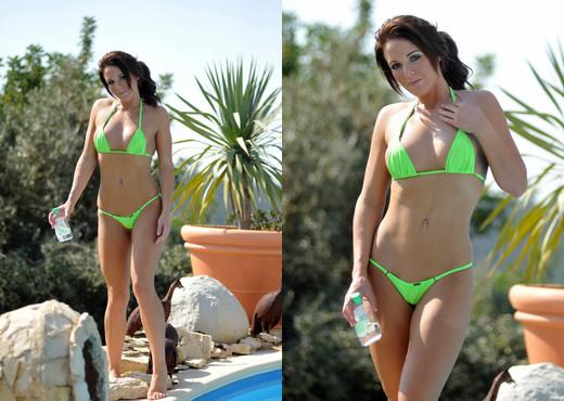 Jennifer Nexus - Verde - BreathTakers - Solo Nude Gallery