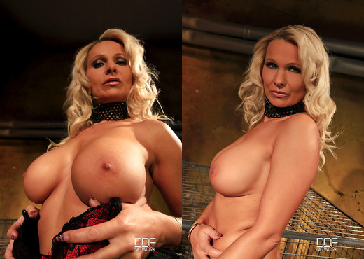 Winni - Horny bound blonde gets fucked hard - Hardcore Sexy Photo Gallery