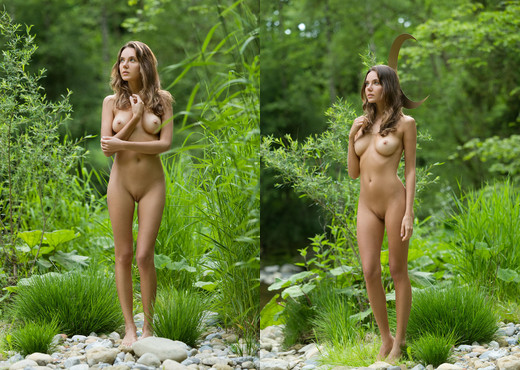 Babe In The Woods - Clover - Femjoy - Solo HD Gallery