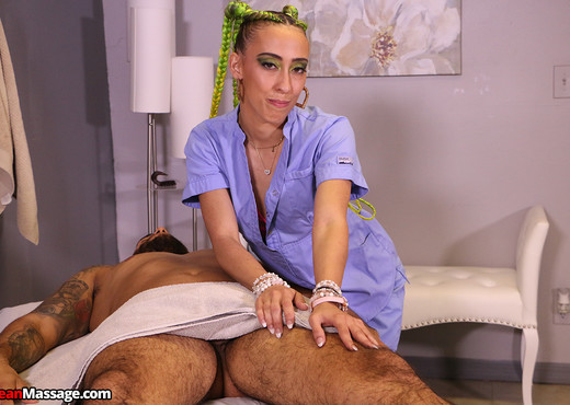 Amy Moore - Punk Girl Ruined Him - Mean Massage - Hardcore Sexy Photo Gallery