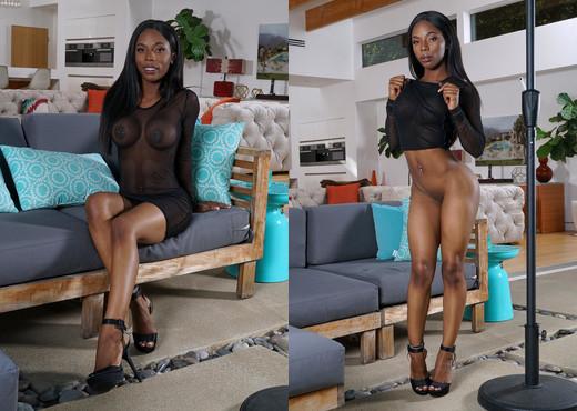 Sarah Banks - InTheCrack - Ebony Porn Gallery