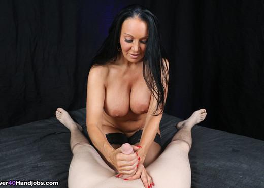 Brenda Boobies POV Handjob - Over 40 Handjobs - MILF Nude Gallery
