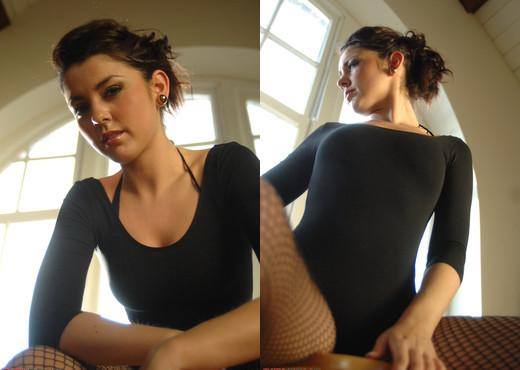 Bryoni Kate - Dance Lesson - Girlfolio - Solo TGP