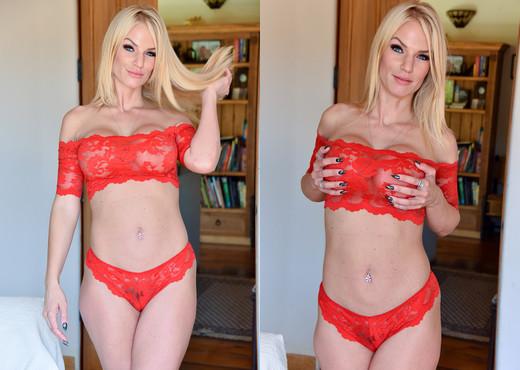 Rachel - Lacy Red Dream - FTV Milfs - MILF Sexy Gallery