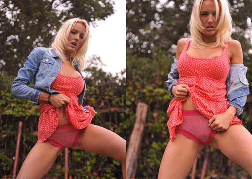 Cody Love - Texas Girl - Girlfolio - Solo Hot Gallery