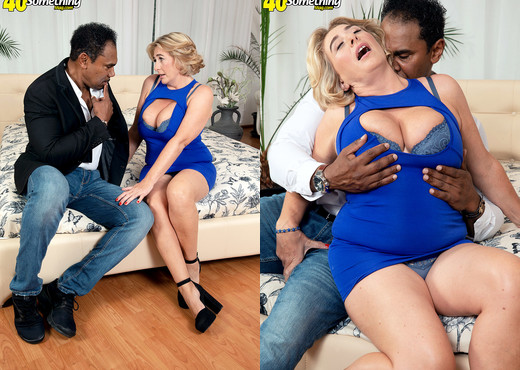 Camilla gets ass-fucked by a BBC, the photos - MILF HD Gallery