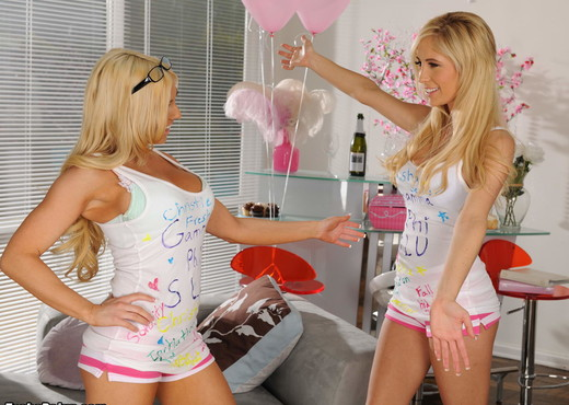 Christie Stevens lesbian love making with Tasha Reign in the - Pornstars Picture Gallery