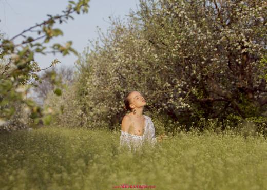 Nude milena angel Milena Angel