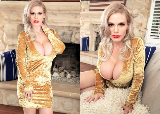 Casca Akashova: Seducer First-Class - ScoreLand - Boobs Sexy Gallery