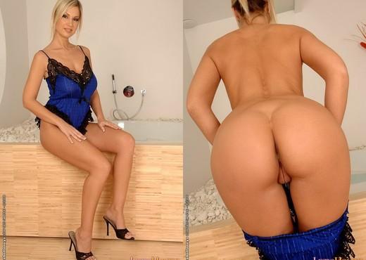 Lesbian Action with Carol, Carmen Gemini - Lezbo Honeys - Lesbian Nude Pics