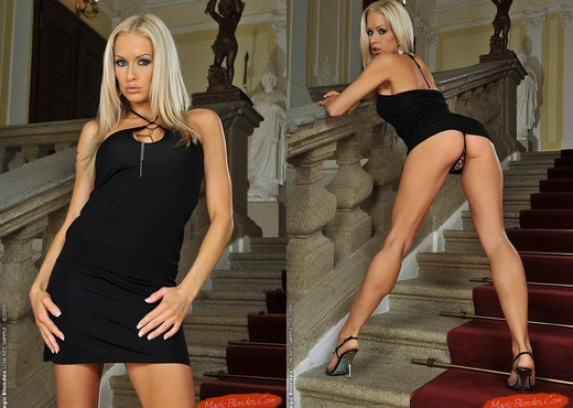 Stacey Silver - Magic Blondes - Toys Nude Pics