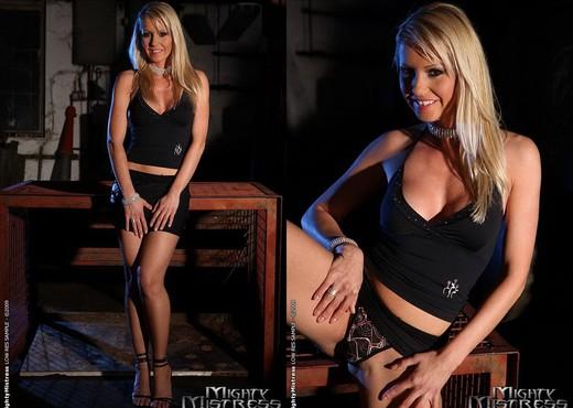 Alexa Weix & Sinead Lesbian Slave - Mighty Mistress - BDSM Nude Pics