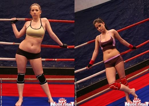 Nicole Sweet & Lexy Little - Girl on Girl - Nude Fight Club - Lesbian Sexy Gallery