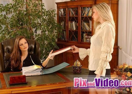 Dirty Lesbians Sandra Shine & Alyssa - Lesbian Sexy Photo Gallery