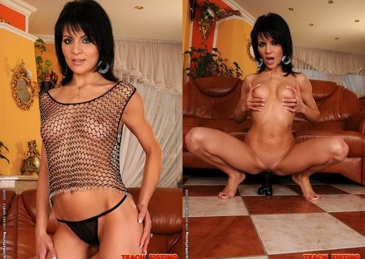 Izabella De Cruz & Daiana King - Lesbian Fisting - Fisting HD Gallery