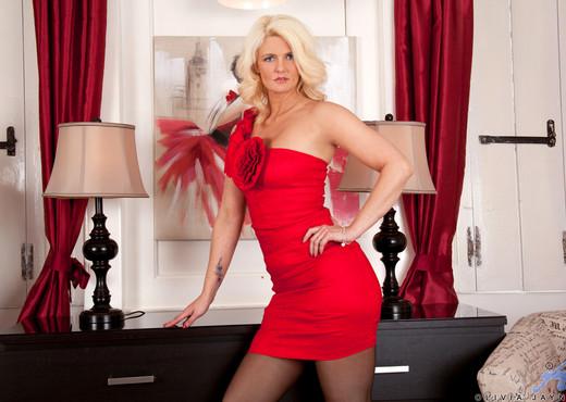 Olivia Jayne - Passion - Anilos - MILF HD Gallery