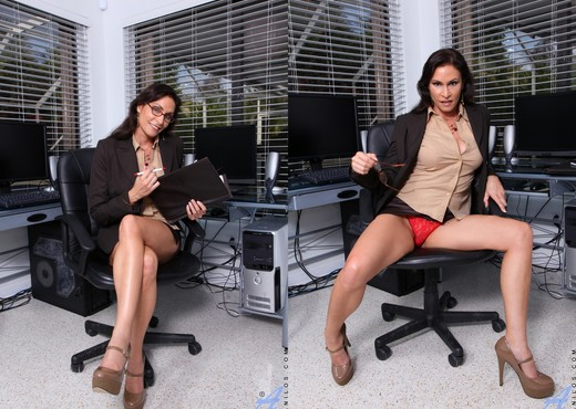 Raven Lechance - Business And Pleasure - MILF Porn Gallery