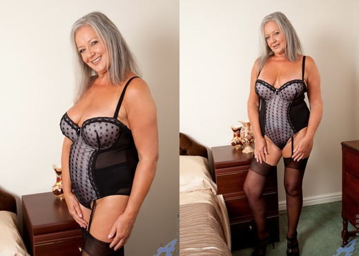 April Thomas - Playing With Her Toy - MILF Sexy Photo Gallery