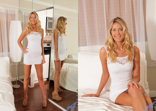 Alysha Rylee - Tight White Dress - MILF HD Gallery
