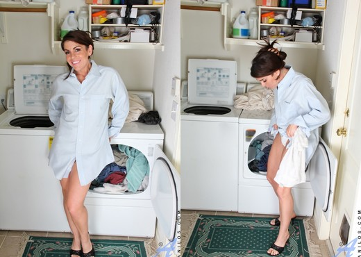 Annabelle Genovisi - Laundry Day Playtime - MILF Sexy Photo Gallery