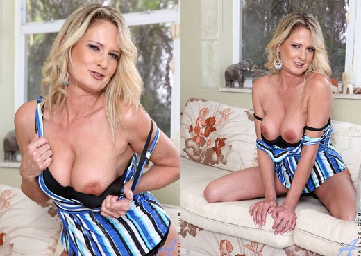 Bridgette Lee - Blue Dress - MILF Sexy Photo Gallery