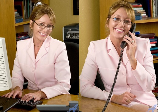 Samantha Stone - Hot Secretary - MILF Hot Gallery