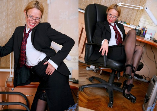 Olga - Office Cougar - Anilos - MILF Nude Gallery