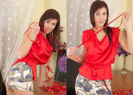 Dasy - Nubiles - Teen Solo - Teen HD Gallery