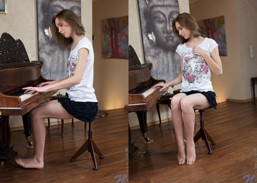 Serpente Edita - piano pussy - Teen Hot Gallery