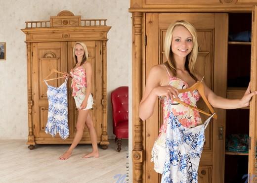Eve Luv - Nubiles - Teen Solo - Teen Nude Gallery
