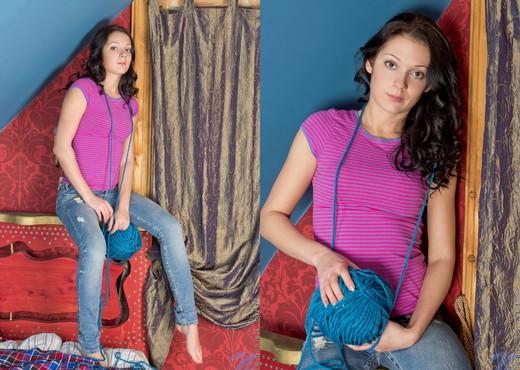 Irena - Nubiles - Teen Solo - Teen Image Gallery