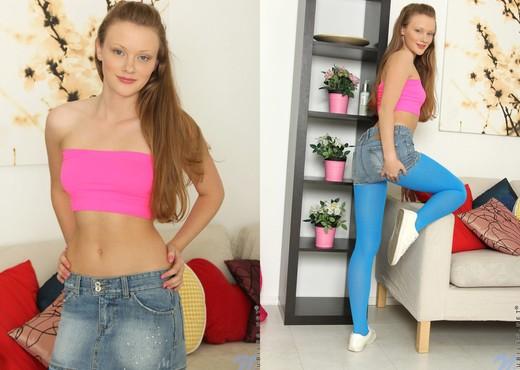 Lili Lamour - Nubiles - Teen Nude Gallery