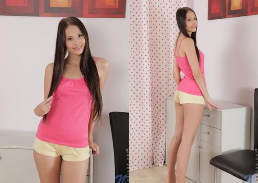 Vanessa Sky - Nubiles - Teen Nude Pics