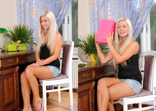 Candy Blond - Nubiles - Teen Image Gallery