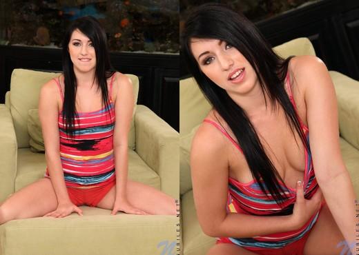 Hardcore groupsex with beautiful Latina teens Giselle Leon and Megan Piper № 706108 без смс