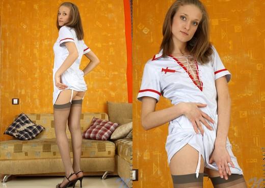 Ninita - Nubiles - Teen Solo - Teen Nude Pics