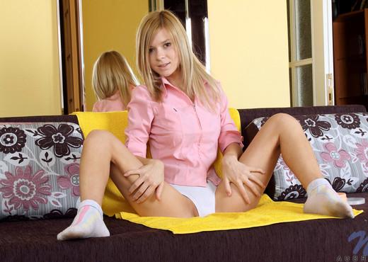 Audri - Nubiles - Teen Solo - Teen Image Gallery