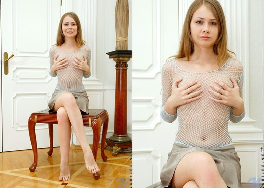 Jule - Nubiles - Teen Solo - Teen Sexy Gallery