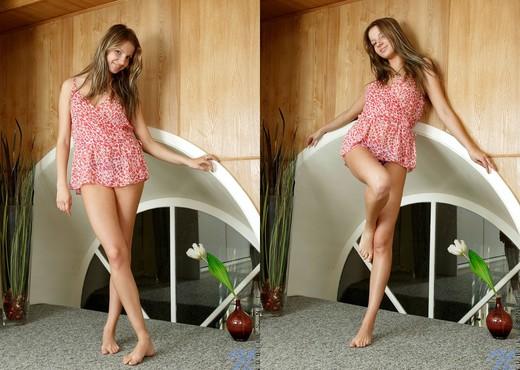 Audrey - Nubiles - Teen Solo - Teen Nude Gallery