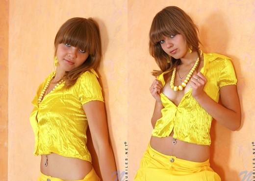 Alisa - Nubiles - Teen Solo - Teen HD Gallery
