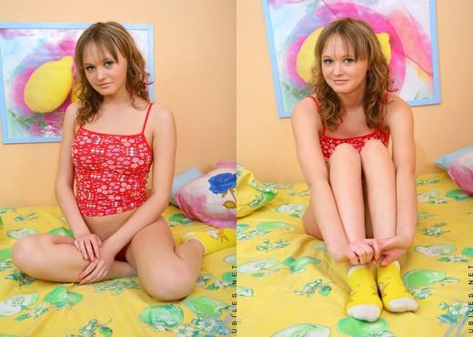 Sue - Nubiles - Teen Solo - Teen Sexy Gallery
