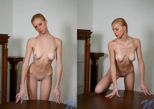 Zita - Nubiles - Teen Solo - Teen HD Gallery