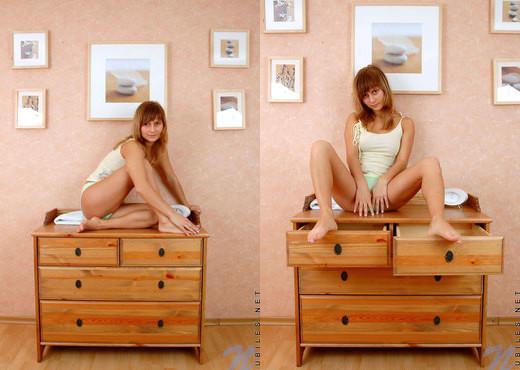 Tiana - Nubiles - Teen Solo - Teen Nude Gallery