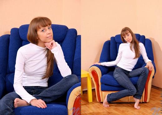 Nastya - Nubiles - Teen Solo - Teen Picture Gallery
