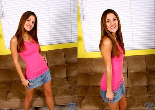 Andie - Nubiles - Teen Solo - Teen Image Gallery