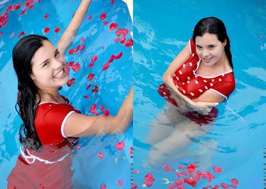 Florencia - Nubiles - Teen Solo - Teen Hot Gallery