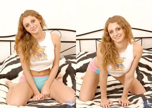 Dory - Nubiles - Teen Solo - Teen Nude Pics