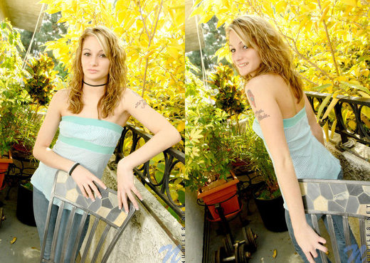 Tawnee - Nubiles - Teen Solo - Teen Image Gallery