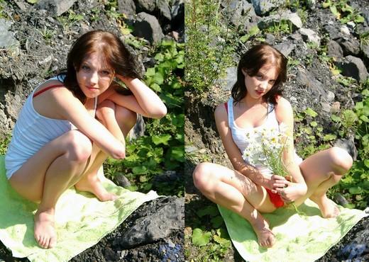 Kristen - Nubiles - Teen Solo - Teen Picture Gallery