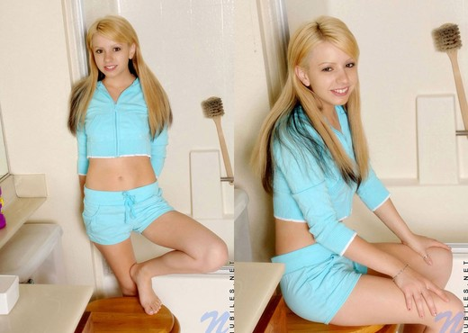Lexie - Nubiles - Teen Solo - Teen Nude Pics